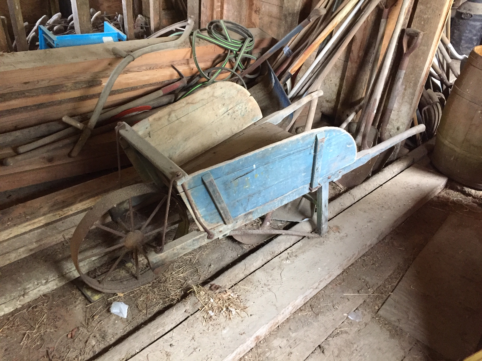 Vintage Items in Barn for Sale in Vermont