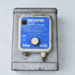 Sears 6 Volt Battery Fencer - Model 436.22027