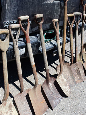 Short Shovels for Sale in Milton, VT